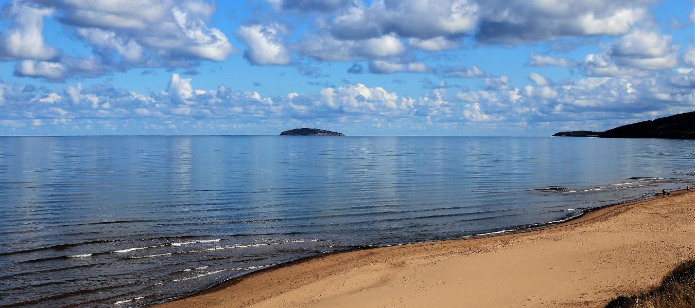 Cryslal clear sky and ocean-1