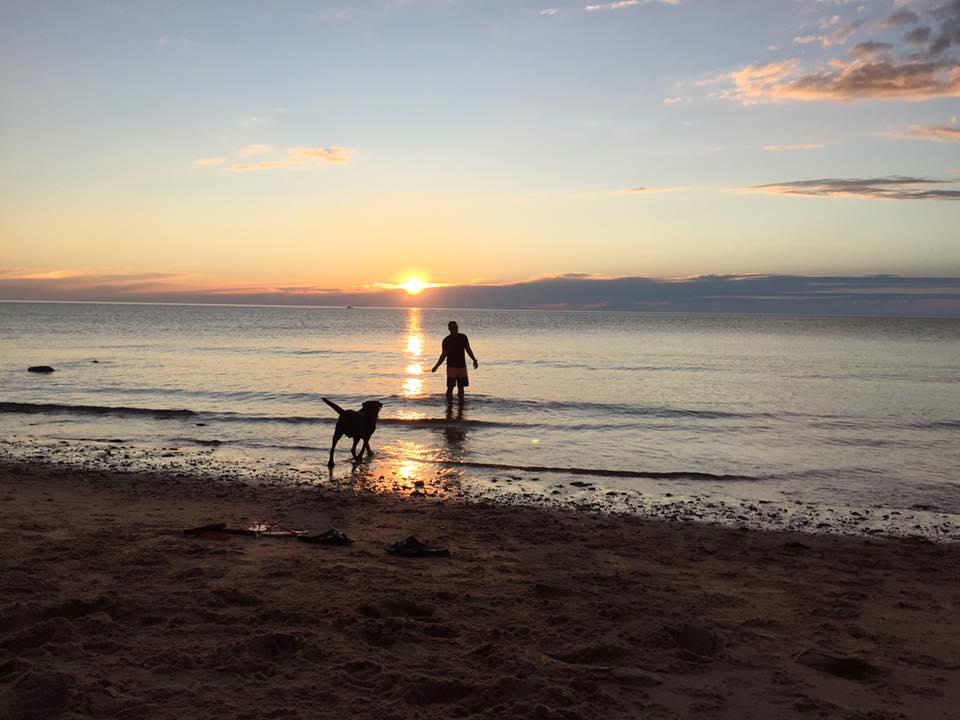 Laura MacArthur_Man and Dog